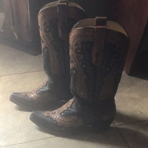 Corral Authentic Cowboy Boots